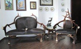 мебель из рогов для охотничьего кабинета