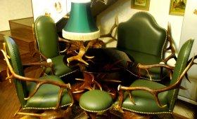 Мебель из рогов для загородного дома