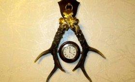настенные часы из натуральных рогов - лучший подарок охотнику
