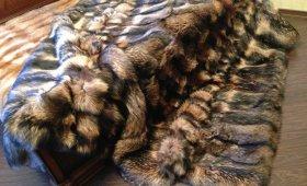 плед (покрывало) из меха в интерьере