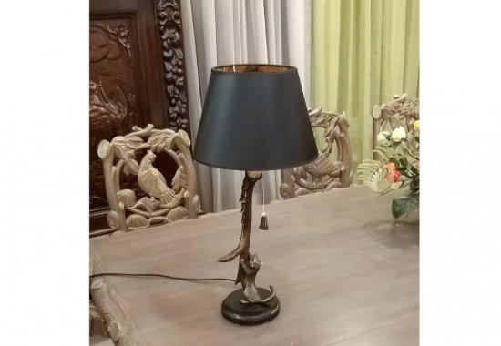lampa-koshka-s-rogom-kosuli